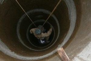 Ремонт колодца из бетонных колец